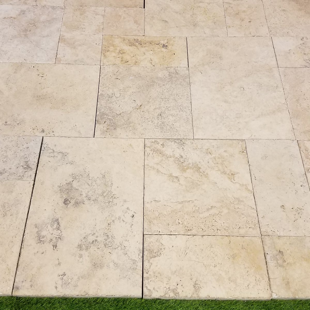 French Pattern Country Classic Travertine Tumbled Paver | Travertine ...